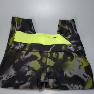 Nike Pants - Nike running capris